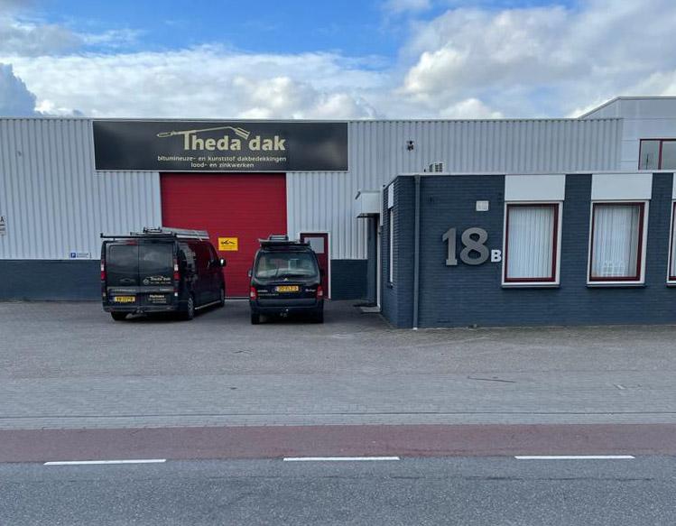 Theda-Dak-bedrijfspand